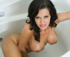 Veronica Avluv in Lascivious Lady