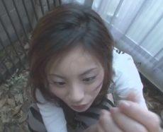 Busty Natsumi Mitsu blows cock