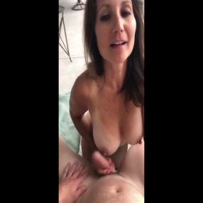 Hot cougar wanted cum on her juggs
