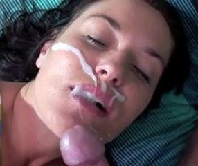 Wife gets facial cumshot