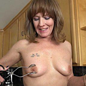Cougar Cynthia Sinclair Just A Pinch