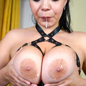 Spitting Boobs By Sofia Lee